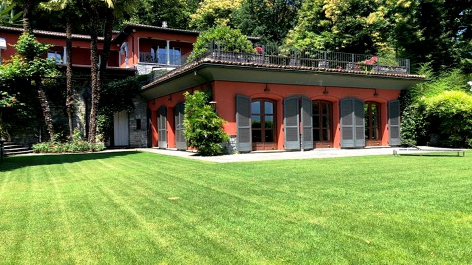 Porza Switzerland Villa by VESA